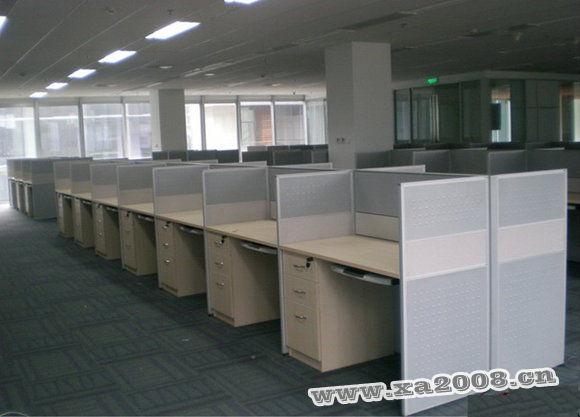 3,办公工位可根据客户的需求,办公室的空间,摆放的方式,为客户设计